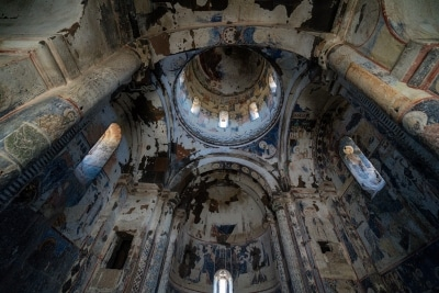 L'intérieur de l'église Saint-Grégoire d'Abougraments
